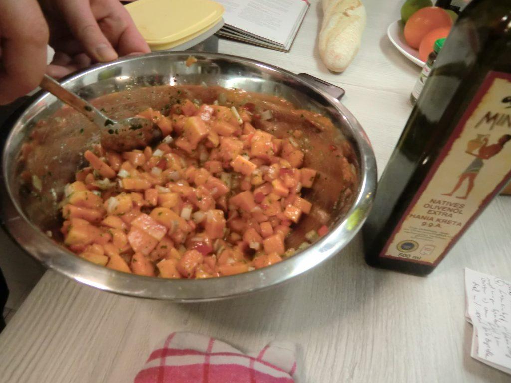 Salsa von der Papaya mit kurz gebratenem Rinderfilet 3