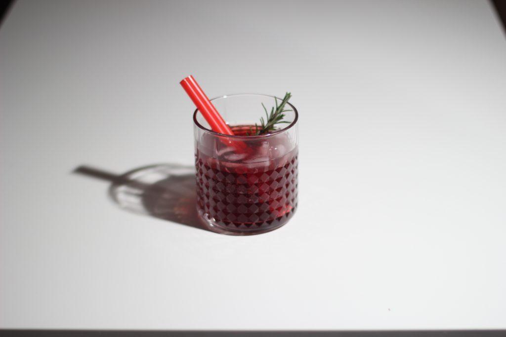 Rosmarin-Sauerkirsch Daiquiri mit Gin 3