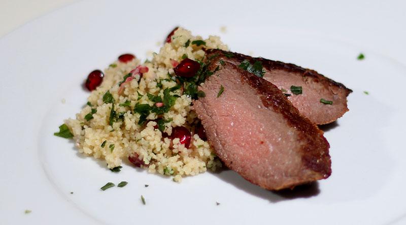 Straußen-Steak auf Granatapfel Couscous 1