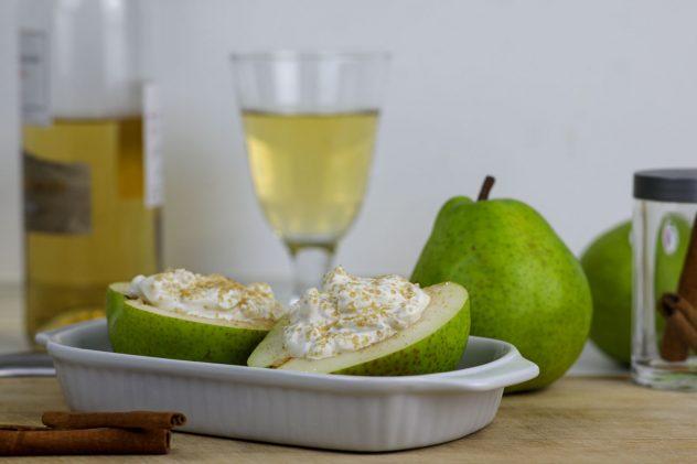 Zimt-Ricotta auf warmer Birne mit Vanille-Eis 6