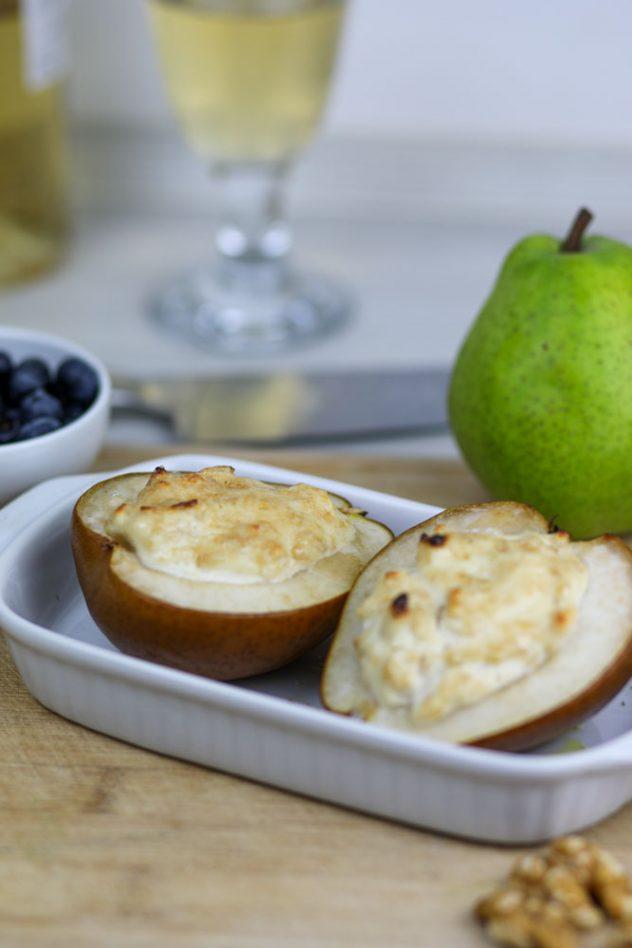 Zimt-Ricotta auf warmer Birne mit Vanille-Eis 7
