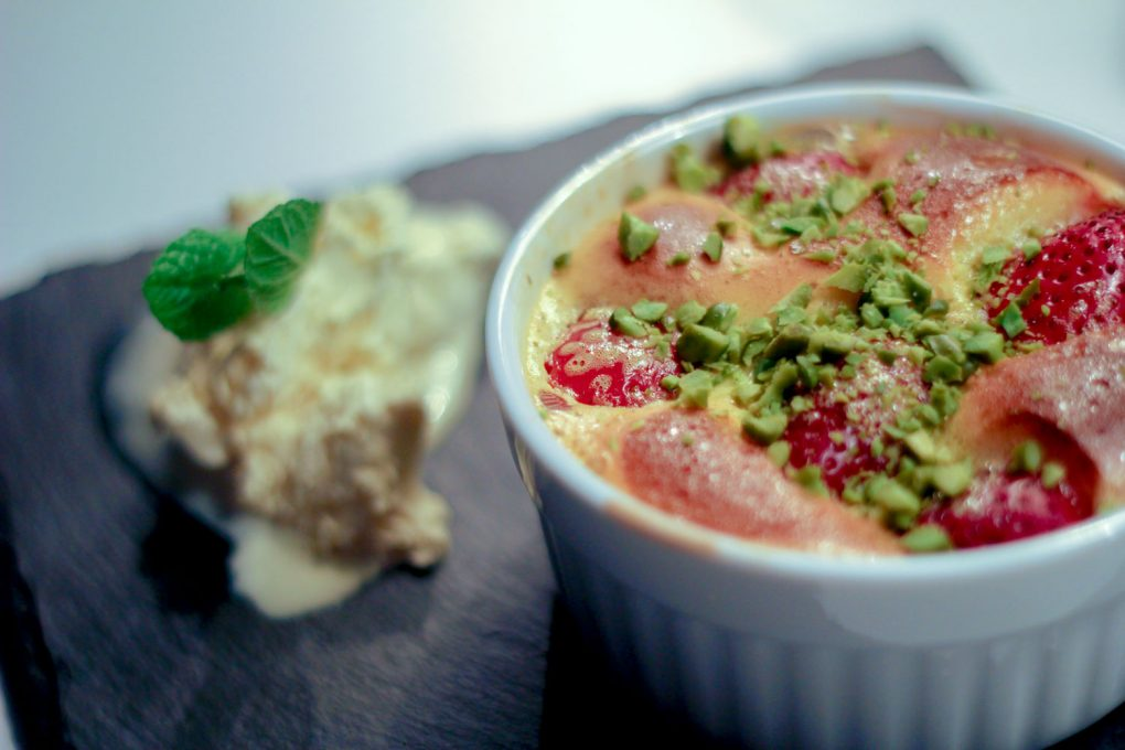 Gratinierte Erdbeeren mit Amaretto-Zabaglione 4