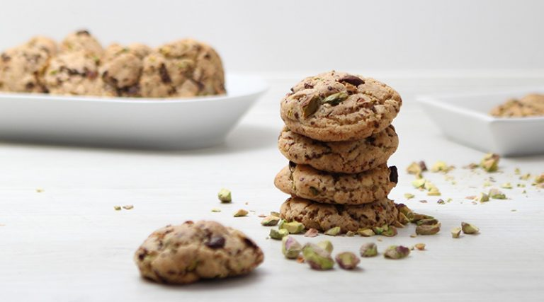 Salzige Pistazien-Schoko Cookies