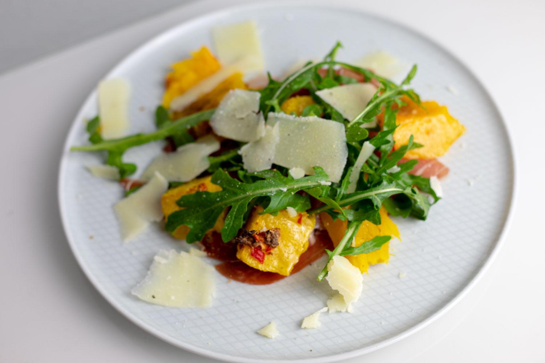 Gerösteter Butternutkürbis mit Parmaschinken und Pecorino 1