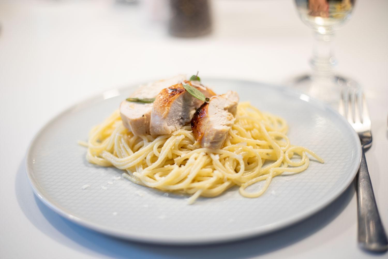 Senf-Honig-Hähnchen auf Zitronen-Spaghetti 1
